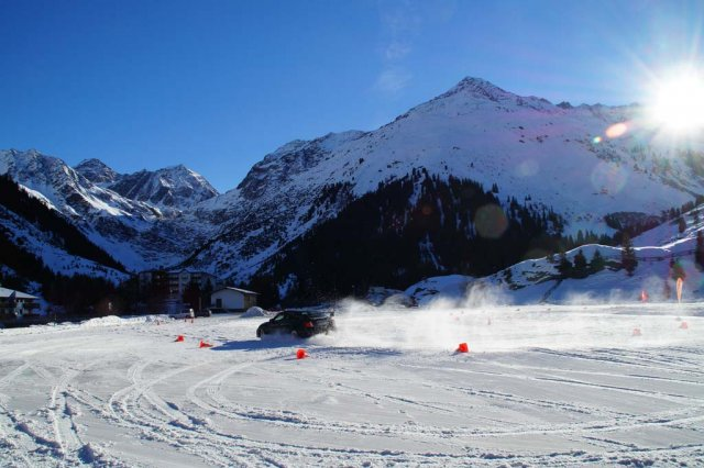 Hotel Seppl | Alpine winter driving experience